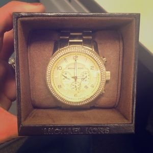 MK5575 Stainless Steal gold large watch with glitz